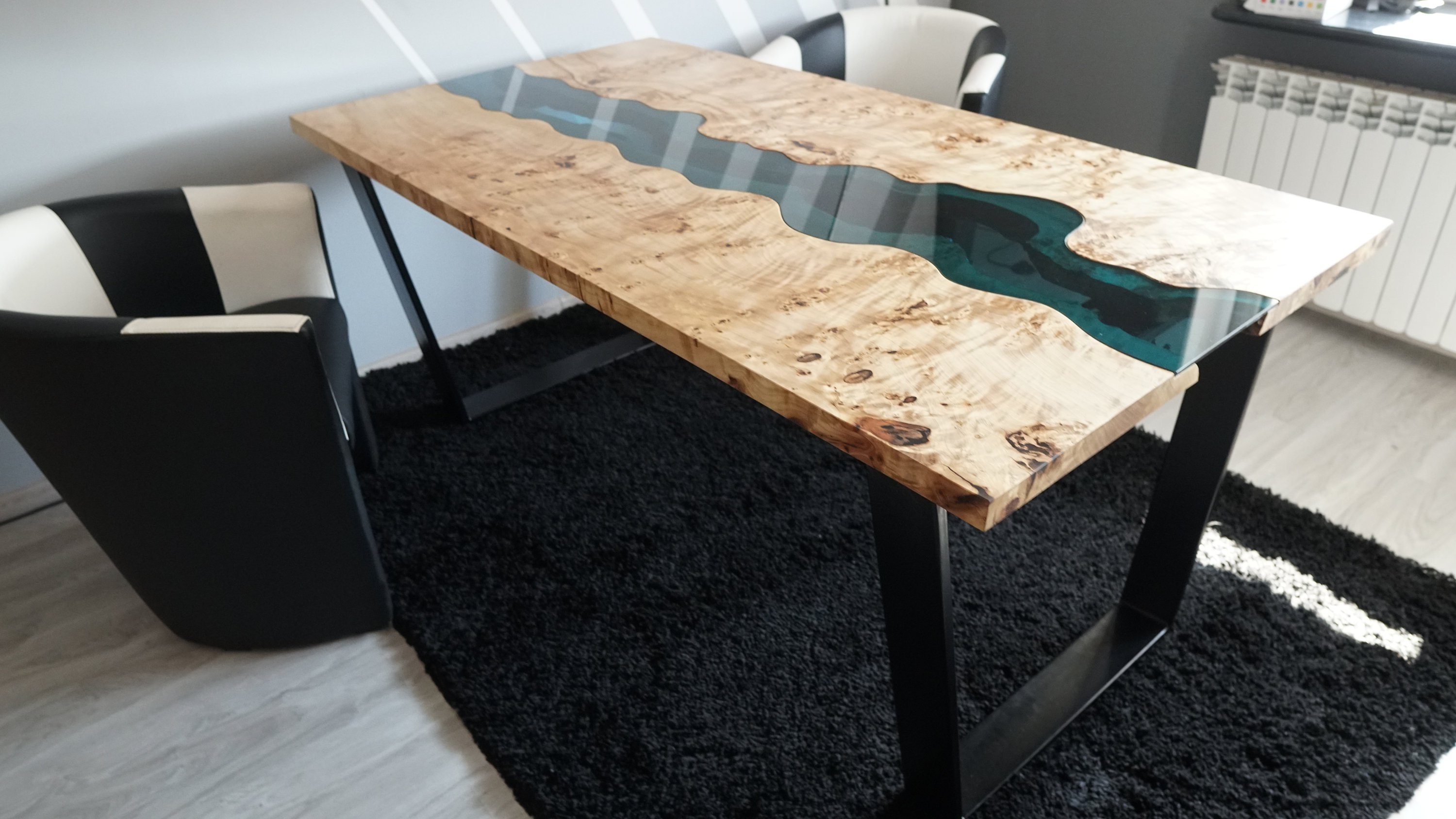 Live edge river table with epoxy resin Mappa Burl
